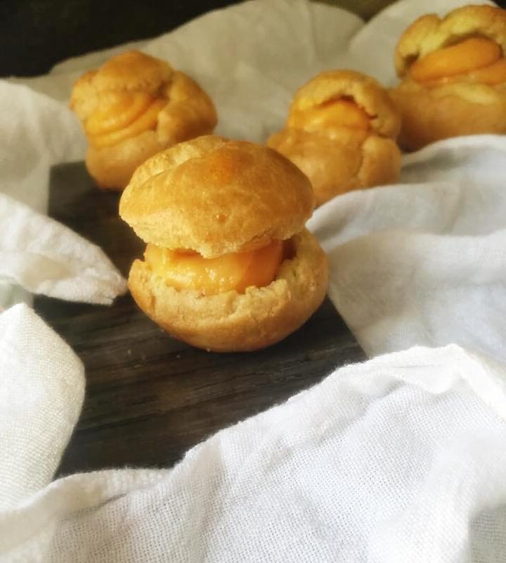 apricot choux 2