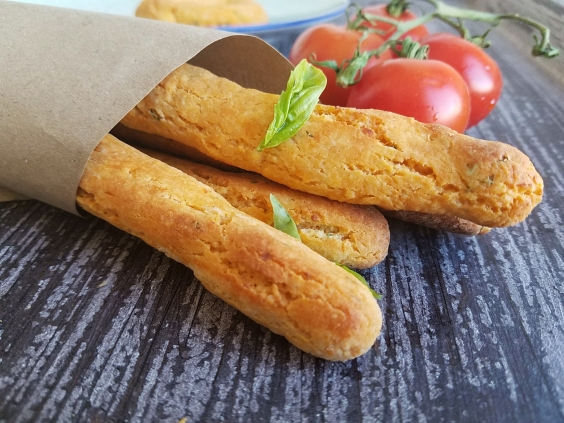 tomato-basil-breadsticks